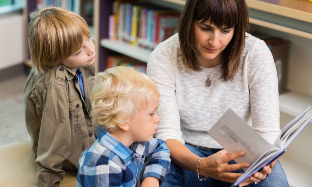 Researching education: Five further readings on oral language