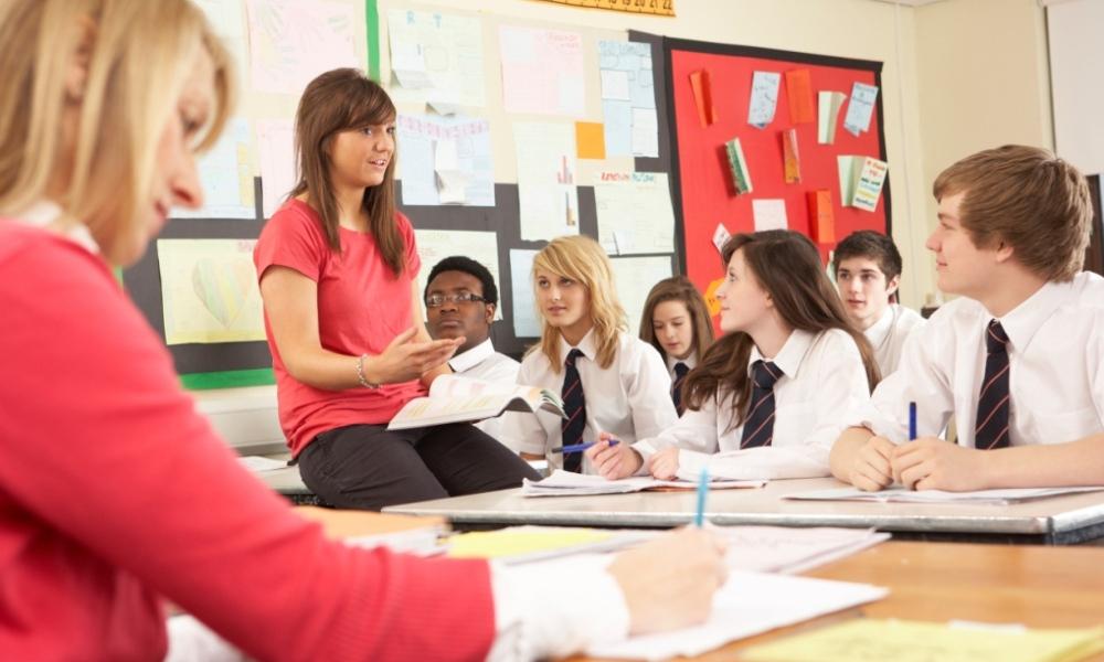 Teaching Methods: John Fleming - explicit instruction myths and strategies