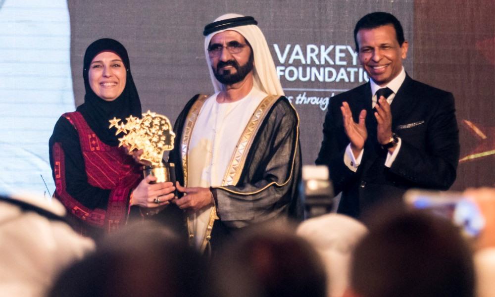 Palestinian teacher wins Global Teacher Prize for 2016