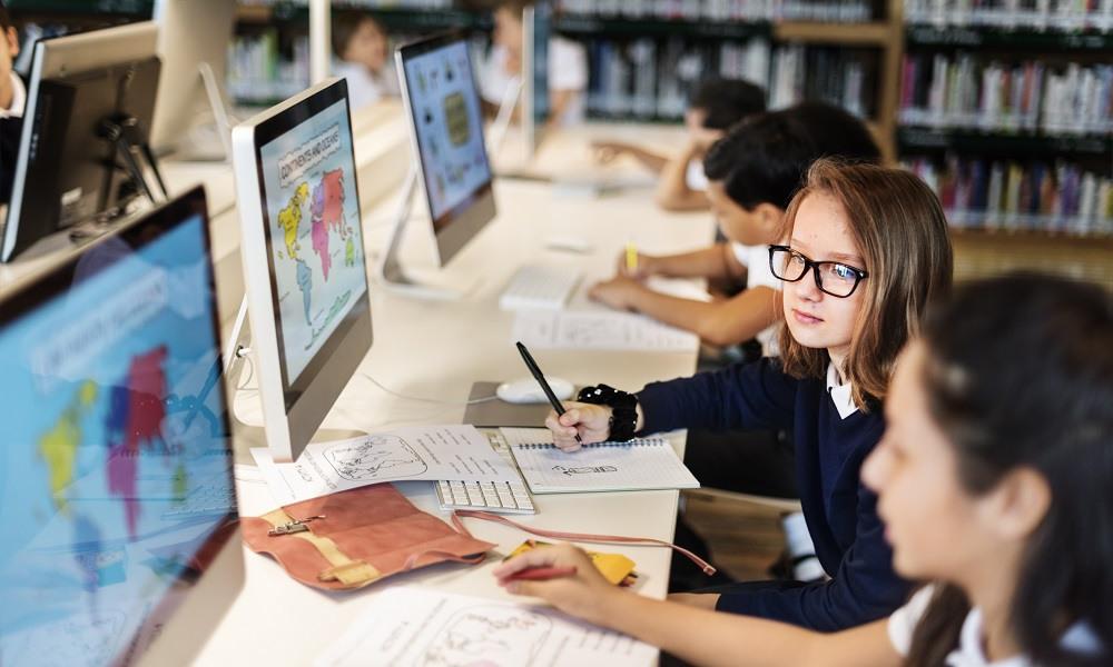 Teacher's bookshelf: World class education