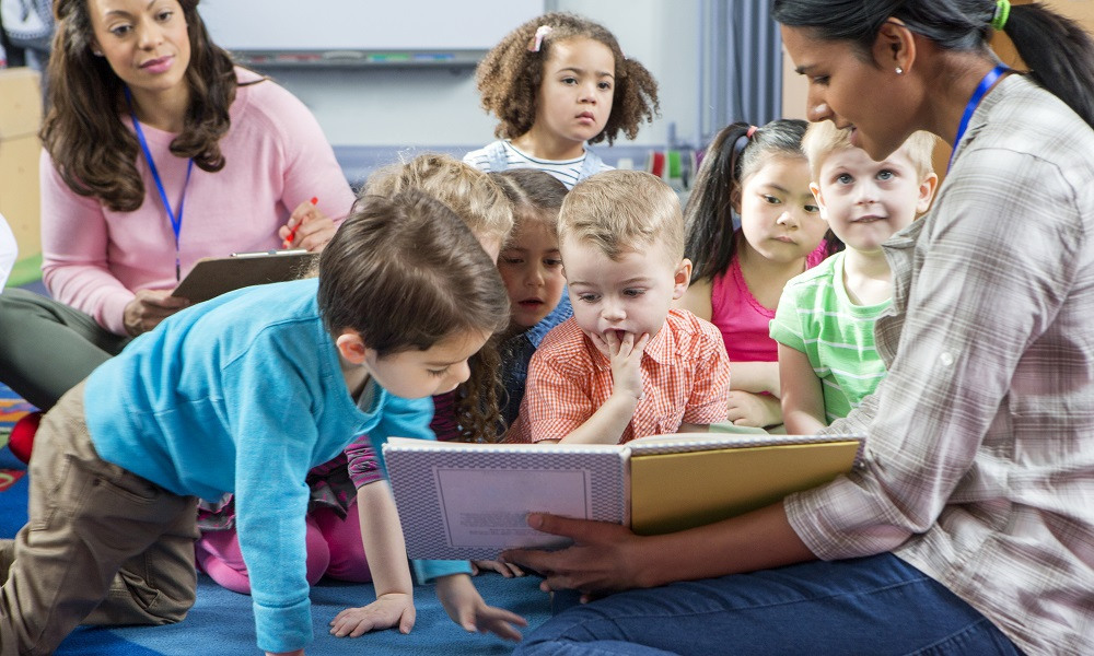 Using picture story books in the classroom