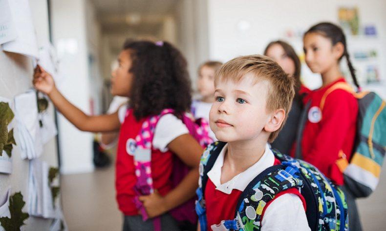COVID-19: Bagaimana para pengajar dapat membantu transisi siswa kembali ke sekolah
