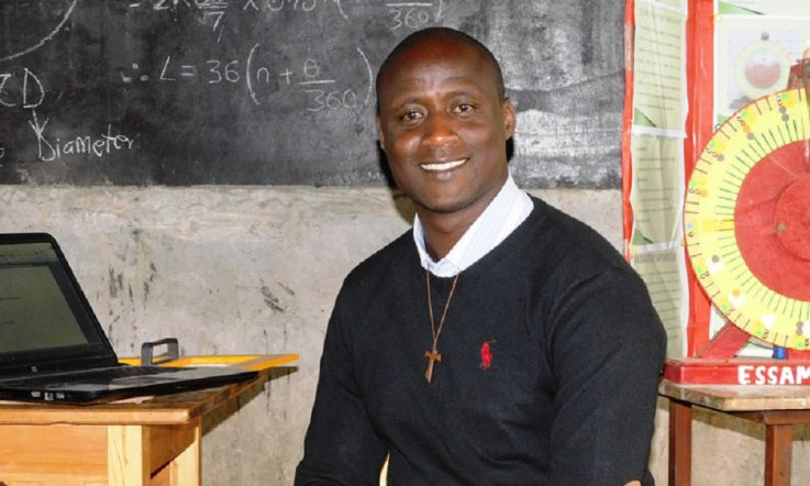 Science and Maths teacher wins 2019 Global Teacher Prize