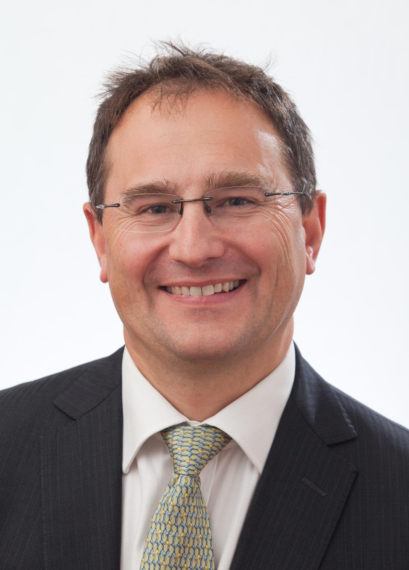 Dr Peter Goss