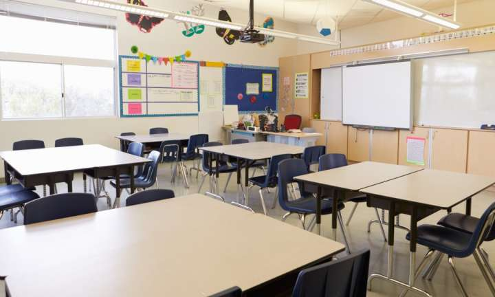 Traditional classrooms and Innovative Learning Environments